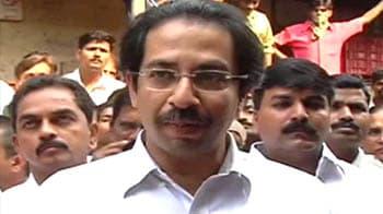 Video : Shiv Sena calls bandh over Pune statue