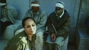 Video : Ex-Israeli soldier's Facebook photos cause stir