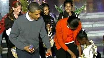 Video : Obama, Michelle celebrate Halloween at White House
