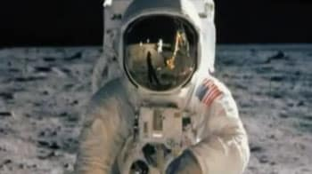 Video : Today in History: Neil Armstrong walked on the moon