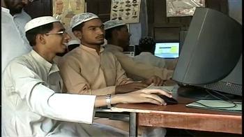 Video : Computers, English mandatory at madrasas