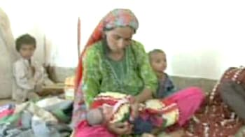 Video : Pakistan woman delivers child in graveyard