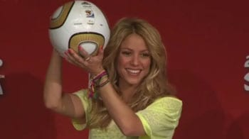 Video : Shakira attends FIFA briefing