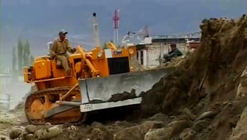 Video : Rebuilding Ladakh: One month on