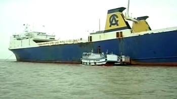 Video : Kolkata: Captain of detained ship questioned