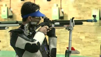 Video : 2 Golds and 2 silvers on Day 1 of shooting