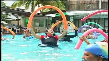 Video : Shaping up with aqua aerobics