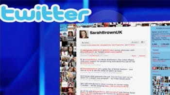 Video : Hacked: Worm sends Twitter users to porn sites