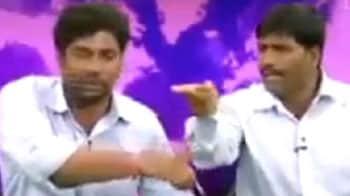 Video : Telangana issue causes war in TV studio