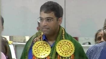 Video : Nationality row: Viswanathan Anand refuses doctorate degree