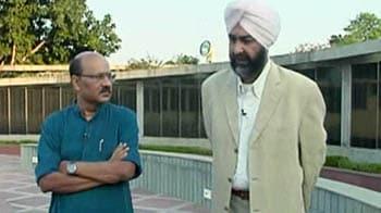 Video : Walk The Talk with Manpreet Badal