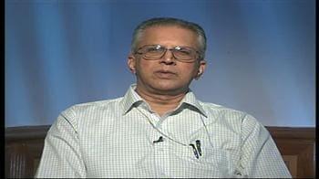 Videos : 'सीआरपीएफ बरत रहा है सयंम'