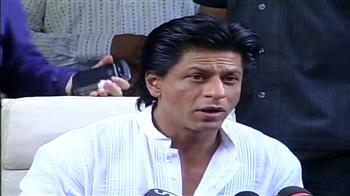 Video : SRK wishes Eid Mubarak to his fans
