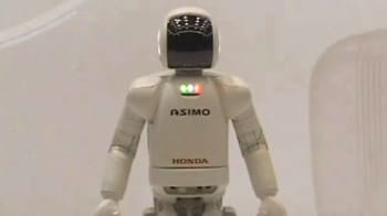 Video : World's favourite robot, ASIMO, just turned 10