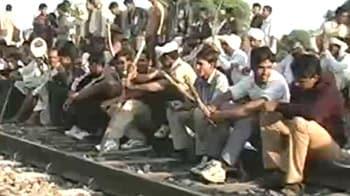 Video : Gujjar agitation spreads, rail, road routes hit