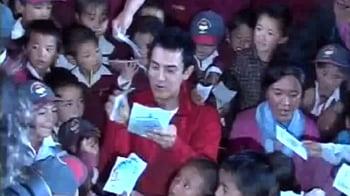 Video : Aamir to rebuild Rancho's school in Leh