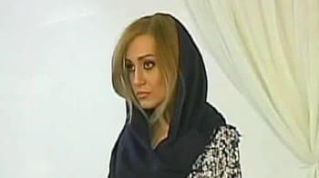 Video : Iranian models take 'hijab' to the ramp
