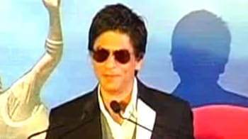 Video : SRK comes back with a Zor Ka Jhatka