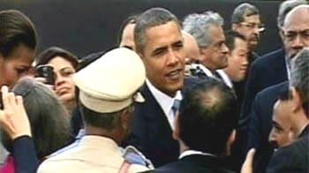 Video : Obama in India; meets 26/11 survivors at the Taj Hotel