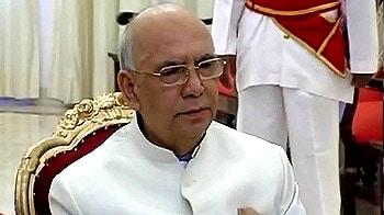 Video : Governor to Yeddyurappa: Show majority on Oct 14