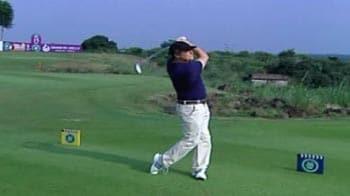 Video : Hugh Grant: Not a golfing hero