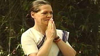 Videos : लालू-नीतीश के घर में सोनिया की रैलियां