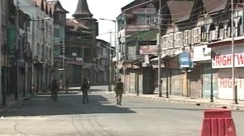 Video : Fresh violence in Kashmir after 2 days of calm