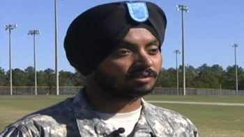 Video : Sikh soldier completes US Army training with turban on