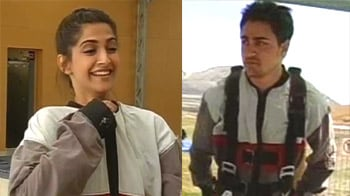 Video : When Imran, Sonam went skydiving