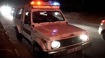 Videos : चण्डीगढ़ में पुलिस की गश्त बढ़ी