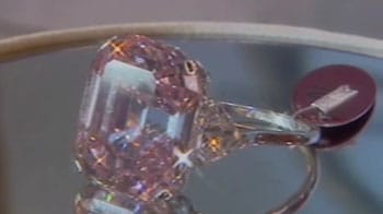 Video : Rare pink diamond could fetch $38 million