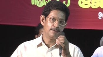 Video : Massive support for attacked Kerala lecturer