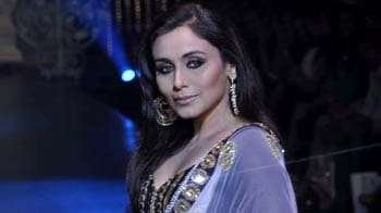 Video : Rani debuts on the ramp for Sallu