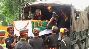 Video : After 48 years, it's homecoming for martyr's body