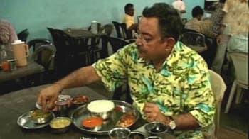 Videos : कारवाड़ शहर में जायका कोंकण का