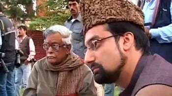 Video : Kashmir: Blame-game over meet with separatists