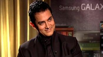 Video : Aamir Khan joins Twitter