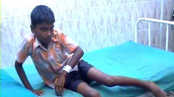 Video : Student in hospital after alleged beating by principal