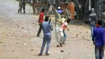 Video : Four killed in fresh clashes in Kashmir
