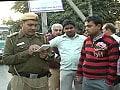 Videos : पुलिस के लिए सिरदर्द बना डब्बू