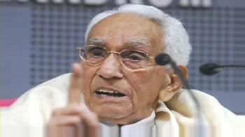 Videos : Veteran Congress leader K Karunakaran dies