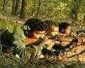 Video: हत्या कर संदेश देते माओवादी