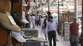 Video : Day 1 after Centre's peace package: Curfew relaxed in Kashmir