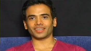 Video : Have a great Diwali: Tusshar