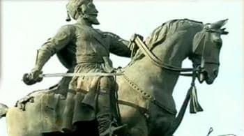Videos : शिवाजी की मूर्ति पर बखेड़ा हुआ खड़ा