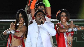 Video : Rahman performs at CWG Opening Ceremony
