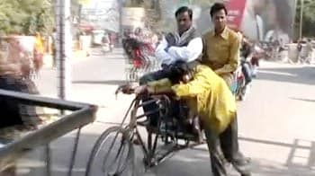 Video : New rules for plus-size commuters in cycle rickshaws