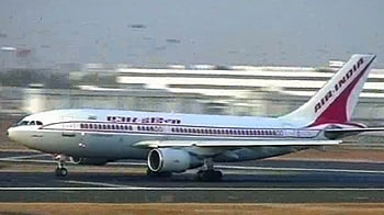 Video : Air India defers payment of allowances