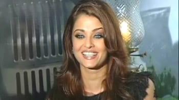 Video : Ash wishes a Happy Diwali