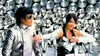 Videos : Robot: A song on Ash costs 30 crore
